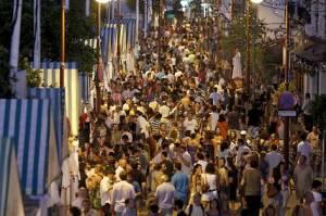 Imagen tomada de http://www.seviocio.es/agenda/programacion-de-la-vela-de-santa-ana-en-triana-2013